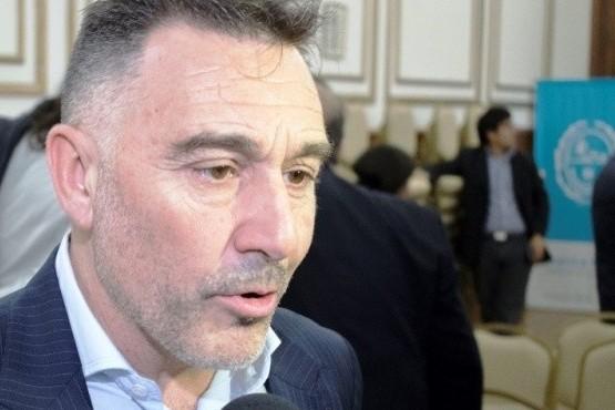 """""""Es un sueño de los santacruceños pero no va a resolver el problema del comercio"""""""