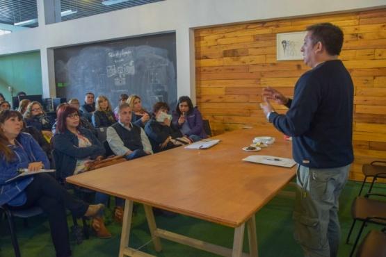 Se desarrolló la capacitación a promotores sociales del municipio