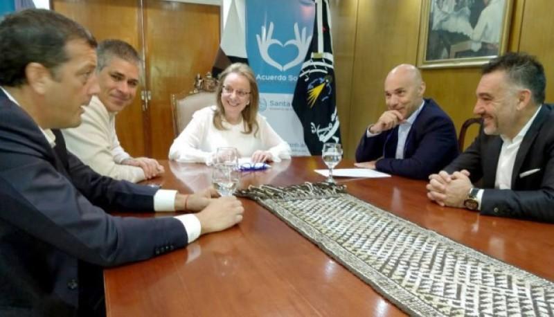 Reunión de gabinete fue para analizar el contenido de la resolución.