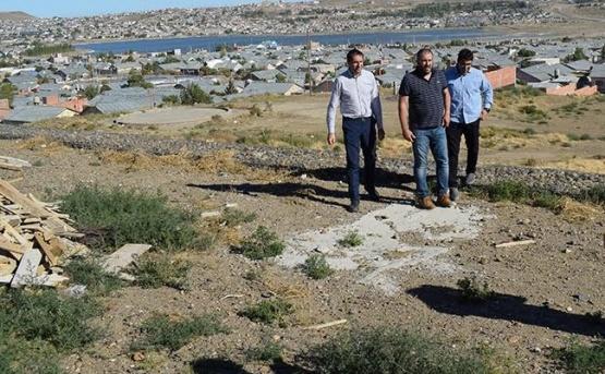 Anunciaron financiamiento para reparar el centro de Caleta Olivia