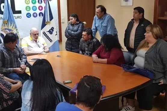 Giubetich se reunió con vecinos pero se espera la resolución con Nación