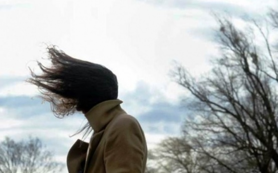 Sigue el viento en la ciudad.