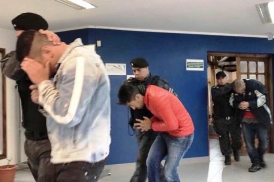 Los brasileños detenidos en Ushuaia a un paso de ir a juicio. Los dos detenidos en El Calafate estuvieron presos un par de días.