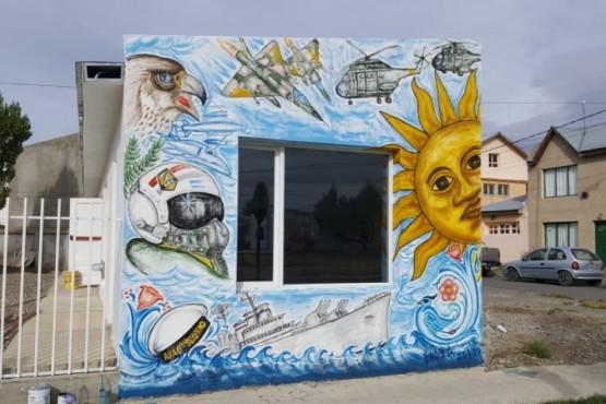 El SUM de la Seccional Tercera ya tiene sus murales