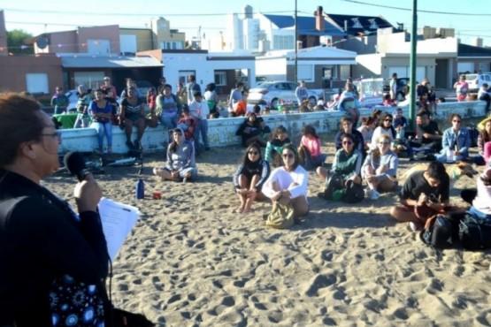 Charla sobre diversidad y género en Playa Unión