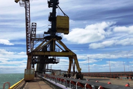 La operatividad del muelle de Punta Loyola no eleva las expectativas en los empleados