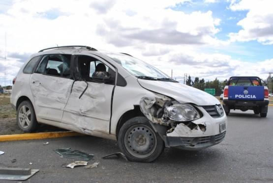 Autovía de nuevo escenario para choque entre camión municipal y camioneta