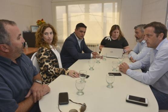 Funcionarios provinciales se reunieron con autoridades comunales