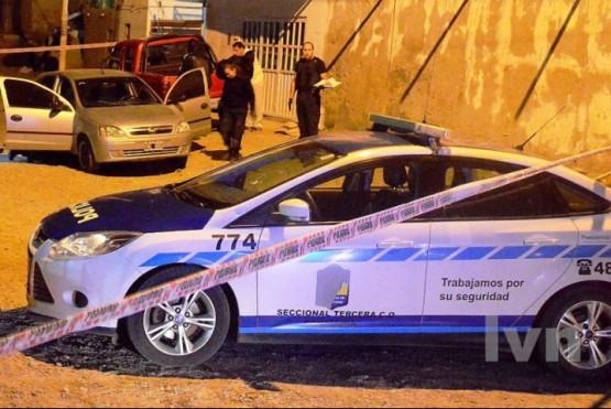 El suicidio del integrante de la División Infantería sucedió en el barrio Miramar. (Fotos: La Vanguardia del Sur)