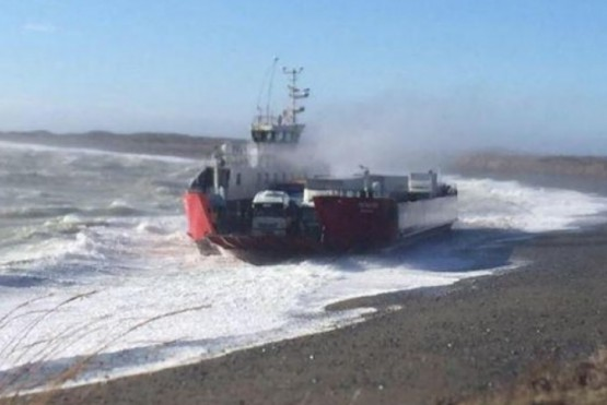 Aumentó el cruce de barcaza en Primera Angostura