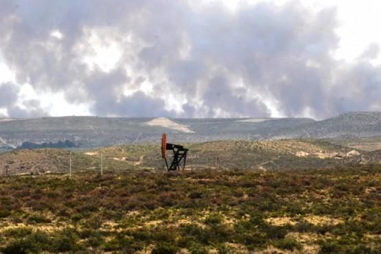 AHORA: se incendian campos en yacimiento de YPF