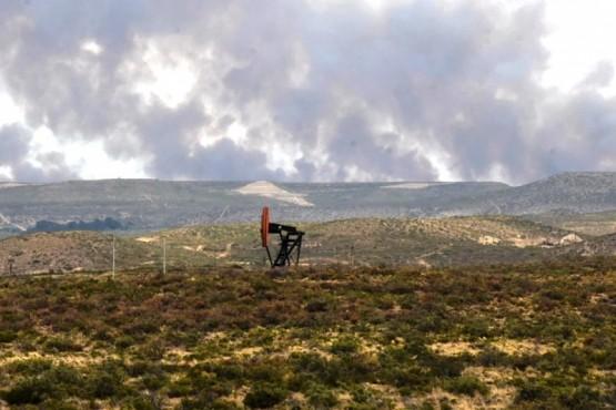 Controlaron incendio de campos y confirman que se originó por caída de cable de energía