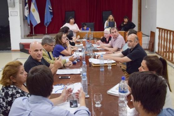 Se realizó reunión para regular las residencias en personas de la tercera edad