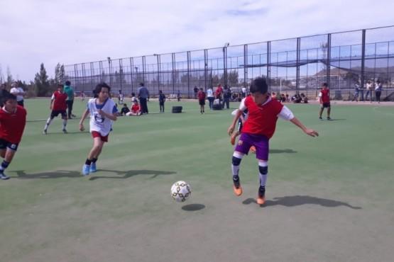Torneo de fútbol para fomentar el deporte sin violencia