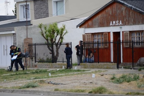 Policía herido en pelea y tiros radicó una denuncia por lesiones