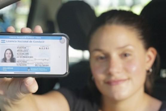 Ahora vas a poder llevar el registro de conducir en el celular