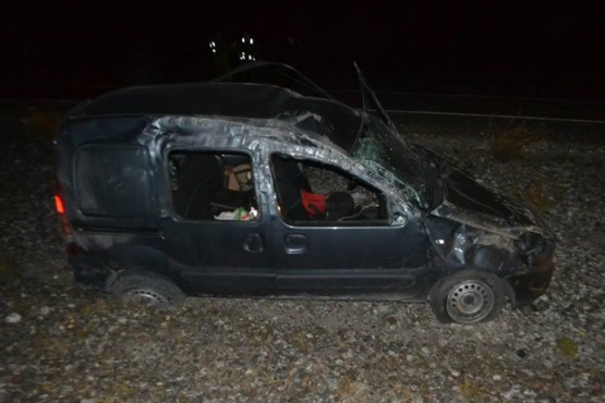 Una mujer falleció en un vuelco cerca de Comodoro Rivadavia