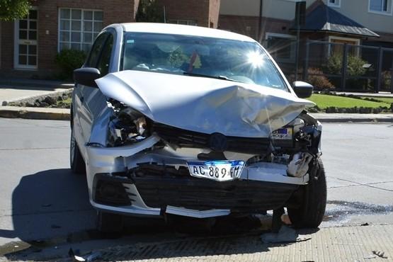 Triple choque en Av. Sureda deja una mujer hospitalizada