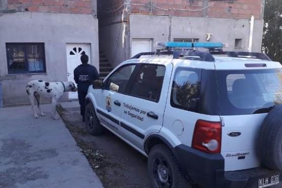 Un sujeto quedó detenido y recuperaron cerca de $100 mil en un allanamiento