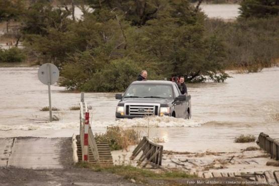 Se desbordó el río Paine y se mantiene la Alerta Roja