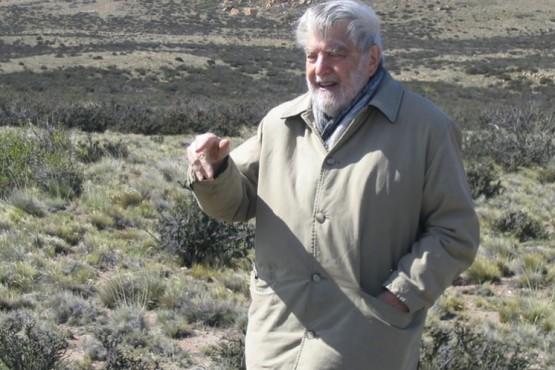 A 92 años de su nacimiento: el día que Osvaldo Bayer volvió a la Patagonia