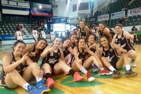 Las U-17 de San Miguel y un festejo repetido