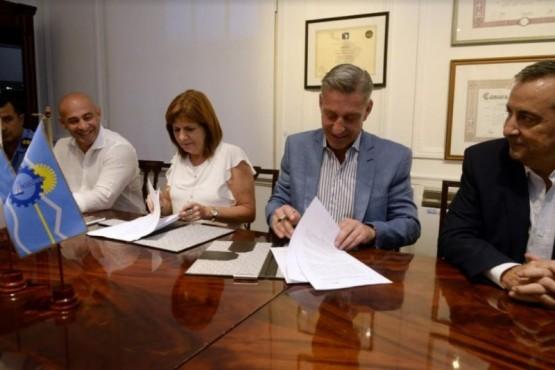Extranjeros con pedido de captura: Chubut y Nación firmaron un convenio