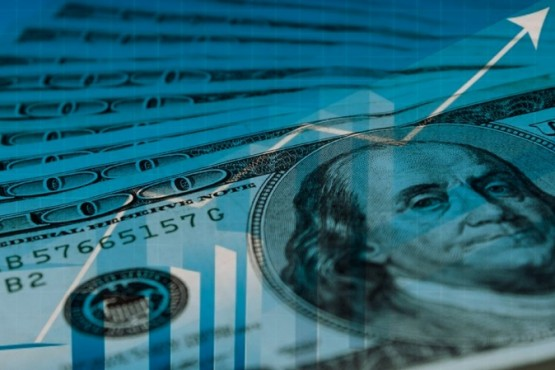 El dólar abre en alza tras la suba de este martes