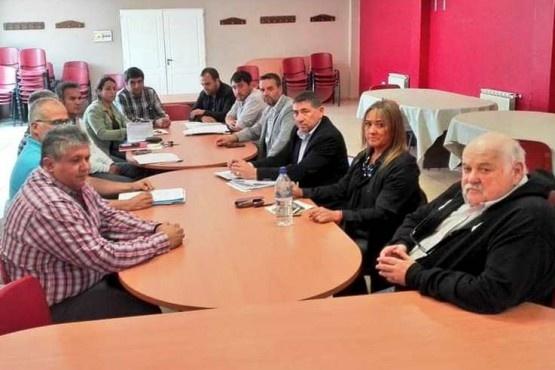 El 26 reanuda la paritaria docente con ADOSAC Y AMET