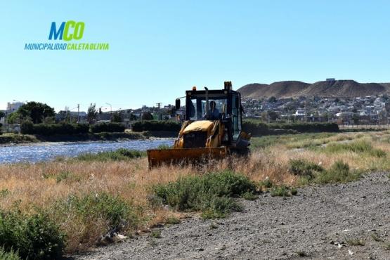 Realizan trabajos de limpieza en la ciudad de Caleta