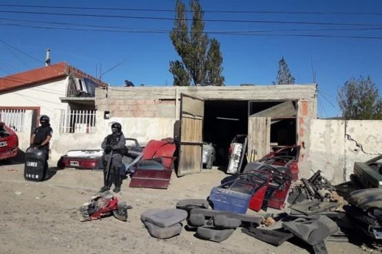 Se realizaron allanamientos en desarmaderos clandestinos