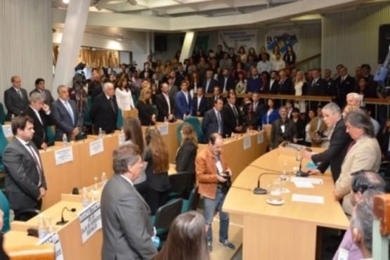 Buscan modificar la coparticipación y que municipios regularicen deudas