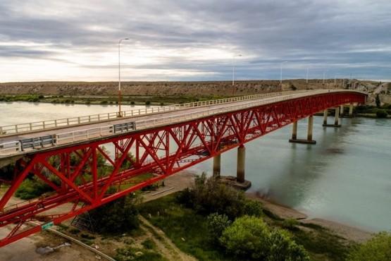 Mañana habrá corte total de circulación en el puente sobre el Río Santa Cruz