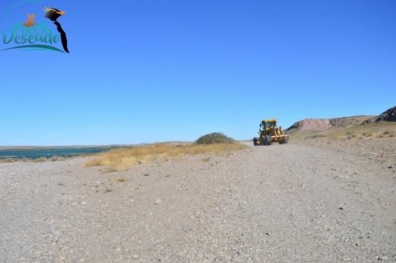 Se repasó caminos dentro de la Reserva Provincial Ría Deseado