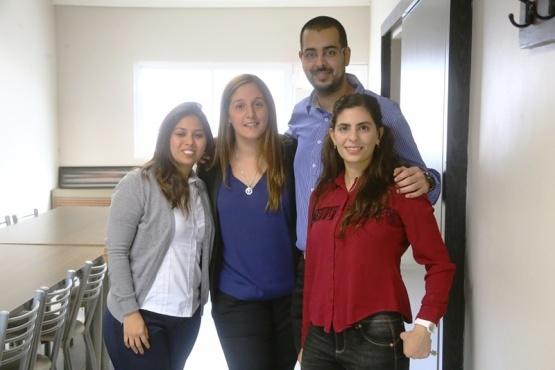Integrantes de la Comisión de Jóvenes Profesionales del Consejo Profesional en Ciencias Económicas de Santa Cruz. (C. G)