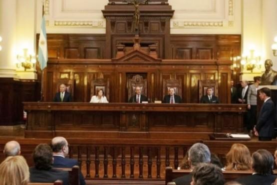 Piden celeridad a la Corte Suprema por amparos tras quita de Fondo Soja