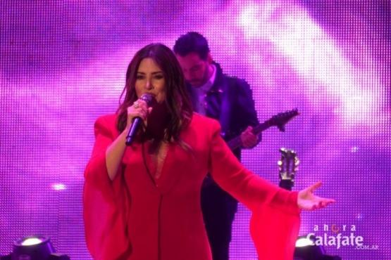 Myriam Hernández le puso romanticismo a la Fiesta del Lago