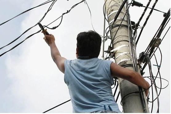 Vecinos imputados por el robo de energía eléctrica a Fiscalía de Estado