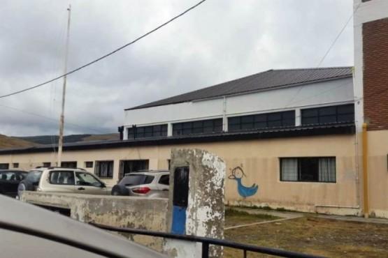 """El estado de las escuelas en Río Turbio y el pedido de """"atención"""" al reclamo docente"""