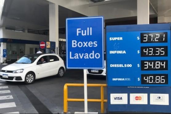 Aumento de YPF de 2,8% en combustibles y en abril aumentaría de nuevo