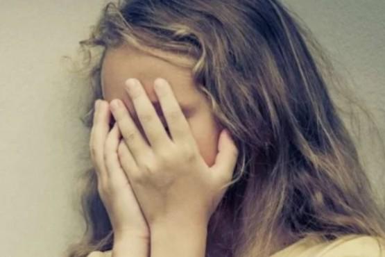 Tiene 9 años y le pidió pan a su vecino porque tenía hambre: la violó