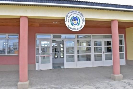 Superpoblación de alumnos en el Secundario del San Benito: construirían otra escuela