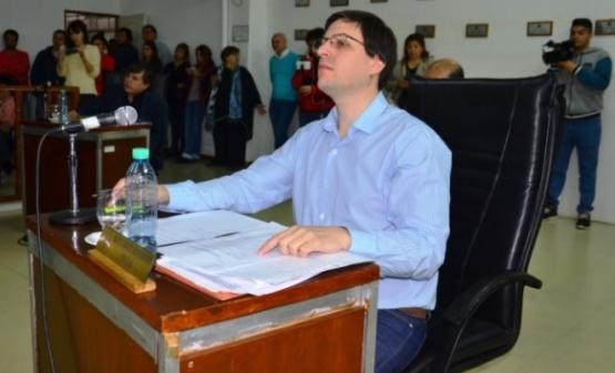 Medvedovsky pide en una empresa de transporte municipal
