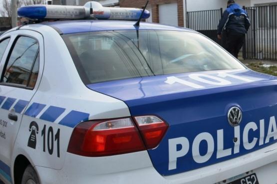 Intento de robo y persecución: un policía fue atropellado y terminó con fracturas