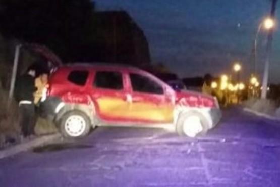 Volcó una camioneta cerca de la playa de tanques, en Km.3