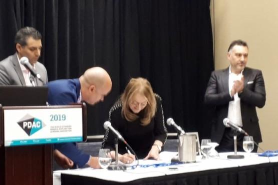 Alicia firmó convenio en Canadá para desarrollar y actualizar la Educación Técnica