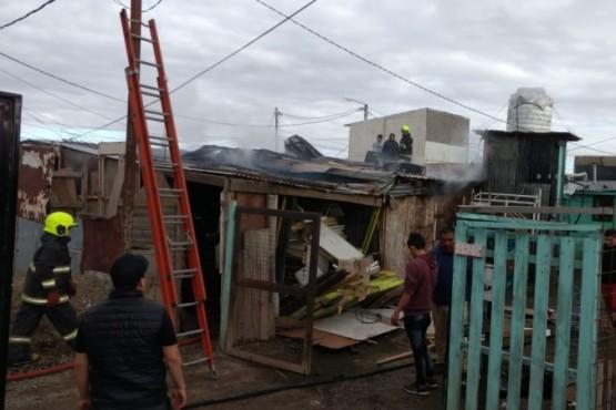 Se incendió una vivienda sobre la calle Diego García