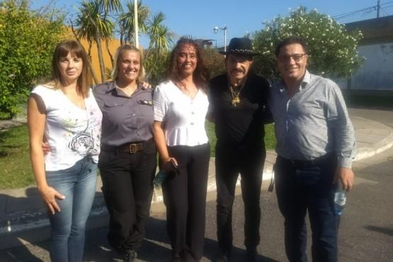 Antonio Ríos visitó la cárcel de mujeres de Olmos