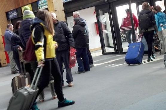 En febrero más de 19 mil pasajeros volaron a El Calafate y Ushuaia