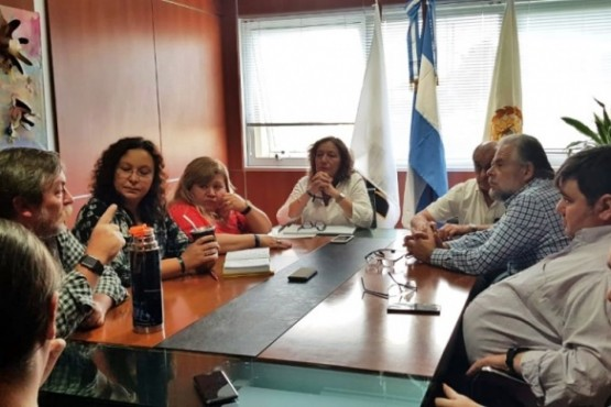 La Facultad Regional Santa Cruz adhiere al Paro Internacional de Mujeres